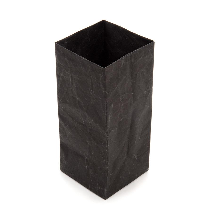 ブラック M
